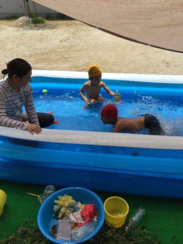 プール遊び!