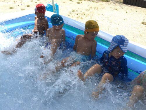 連日のプール遊び